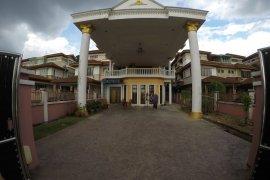 6 Bedroom House for sale in Taman Koperasi Cuepacs, Selangor