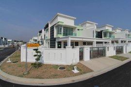 5 Bedroom Villa for sale in Jalan Kempas, Johor