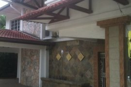 6 Bedroom House for sale in Kuala Lumpur