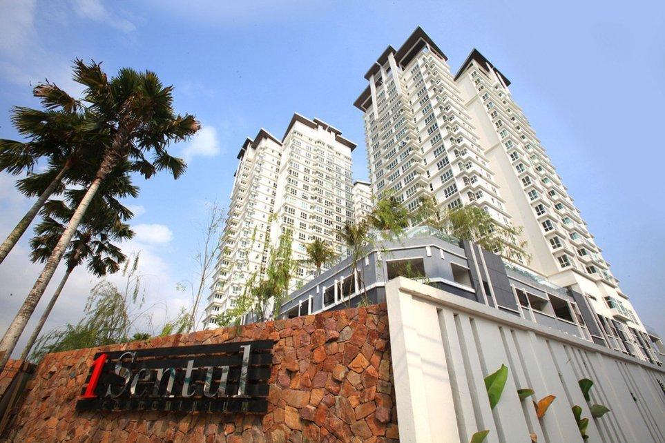 1 Sentul Condominium