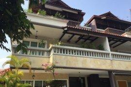 6 Bedroom Townhouse for sale in duta tropika, Kuala Lumpur