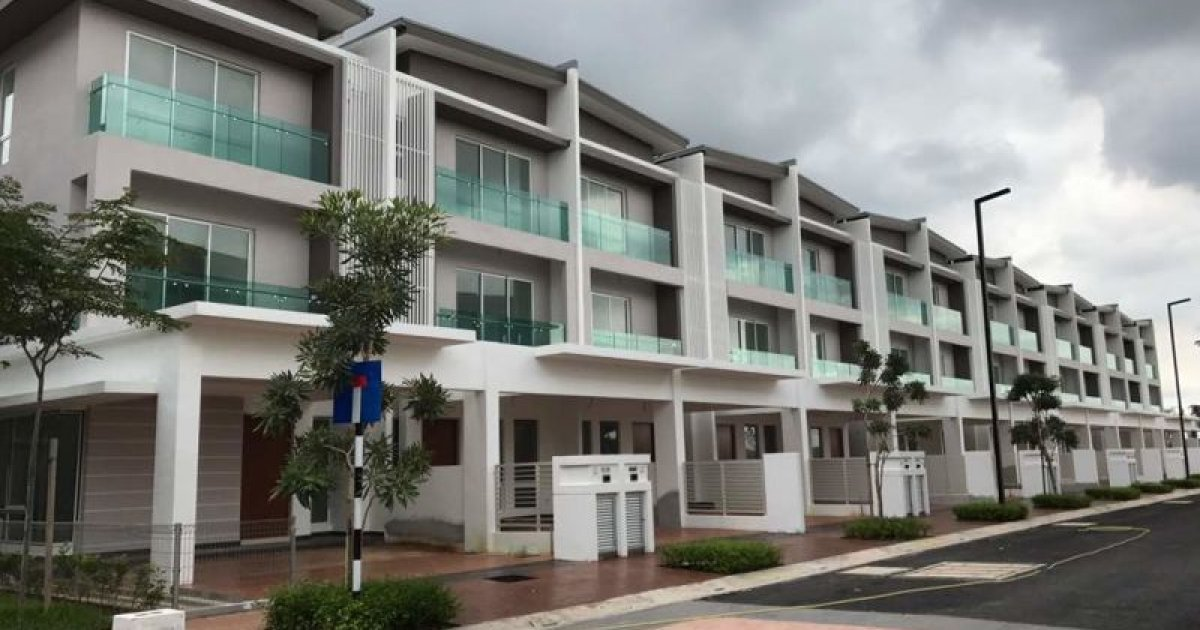 5 bed house for rent in selangor rm2 500 2162188 dot for Five bed house for rent