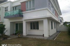 6 Bedroom House for sale in Selangor