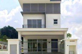 4 Bedroom House for sale in Ulu Langat, Selangor