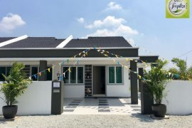 4 Bedroom House for sale in Batu Gajah, Perak