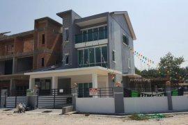 3 Bedroom Townhouse for sale in Perak