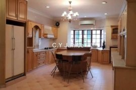 5 Bedroom Villa for Sale or Rent in Selangor
