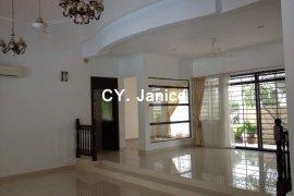 6 Bedroom Villa for rent in Petaling, Selangor