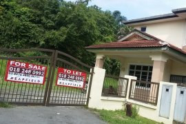 4 Bedroom House for Sale or Rent in Selangor