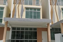 6 Bedroom House for sale in Johor Bahru, Johor