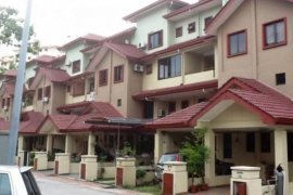 4 bedroom townhouse for rent in Ulu Perak, Perak