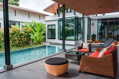 4 Bedroom Villa for sale in Nai Harn Baan-Bua - Baan Varij, Mueang Phuket, Phuket