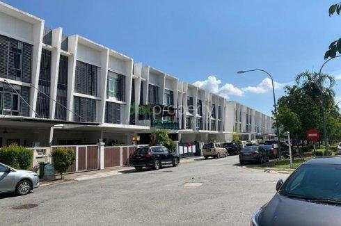 6 Bedroom House for sale in Desiran Bayu, Kuala Lumpur