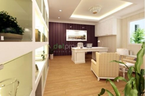 3 bedroom condo for sale in The Clovers