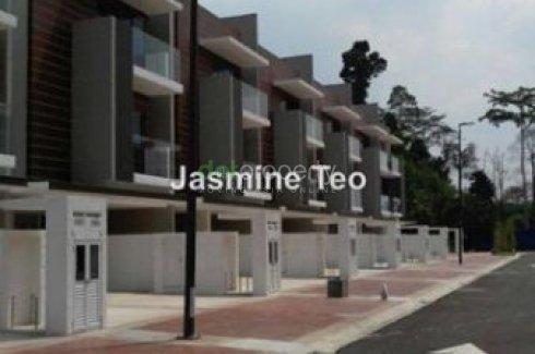 3 Bedroom Townhouse for sale in Selangor